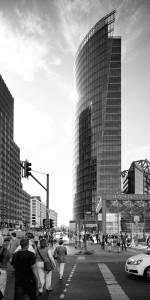 Berlino-grattacielo-bianco-e-nero